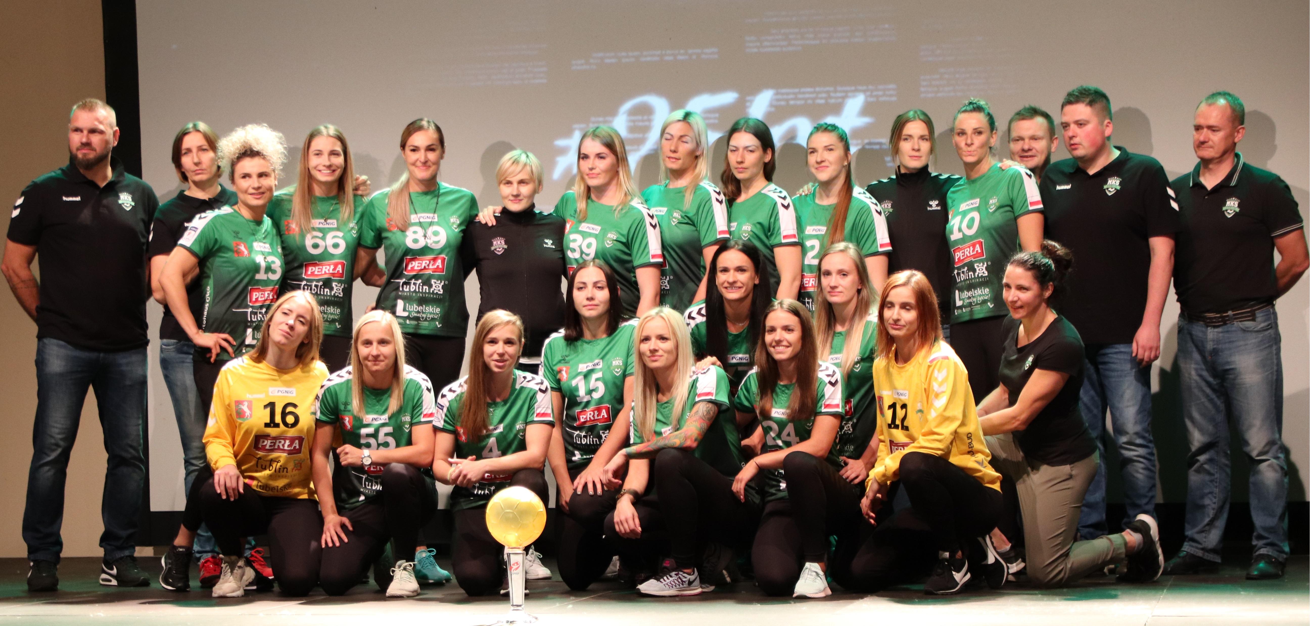 Drużyna piłkarek ręcznych MKS Lublin zaprezentowana.