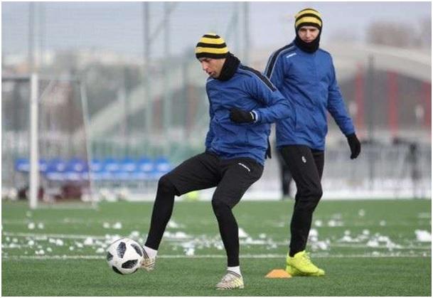 Piłkarze Motoru wygrali w mini turnieju w Warszawie. Odbyły się również testy nowych zawodników.