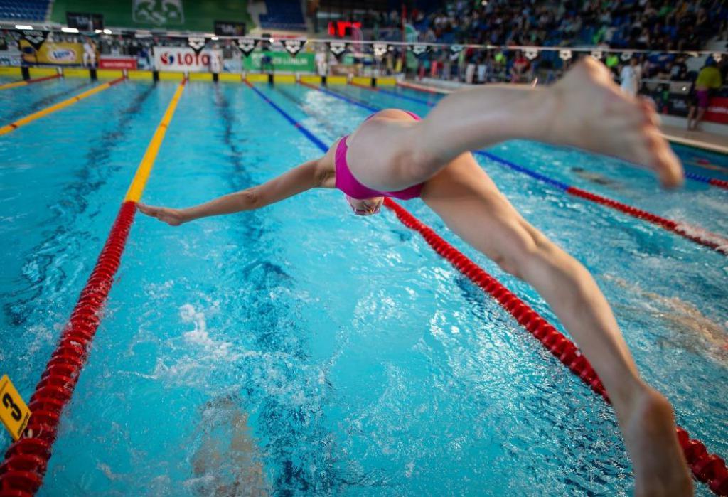 Zimowe Mistrzostwa Polski Juniorów w pływaniu: Julia Adamczyk mistrzynią Polski