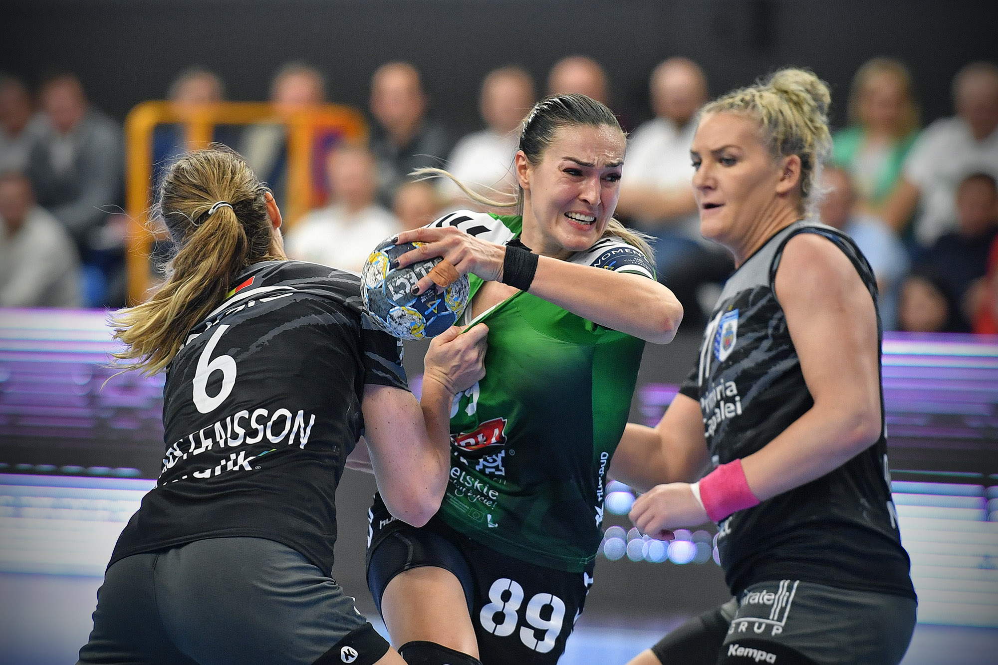 EHF Champions League: MKS Perła Lublin - CSM Bukareszt 19:28 (10:17).