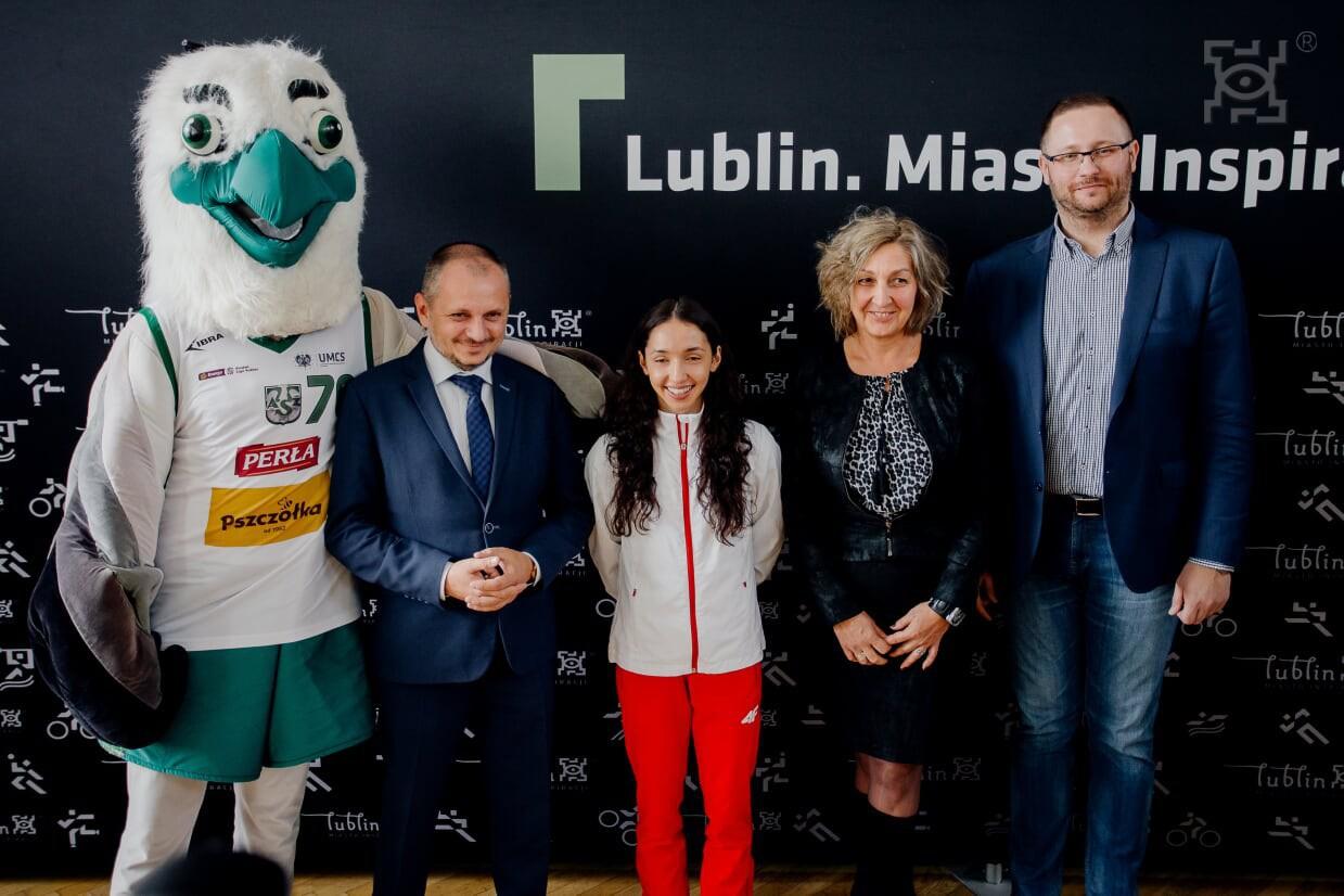 Sofia Ennaoui spotkała się z uczniami Szkoły Podstawowej nr 2 im. Jana Kochanowskiego w Lublinie.