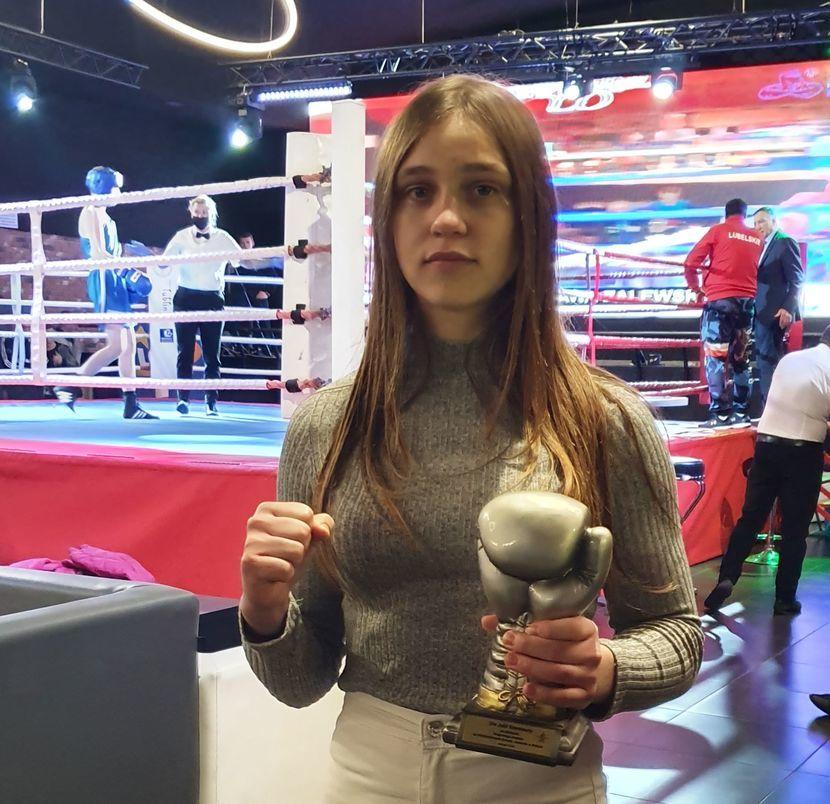 Julia Szeremeta w ćwierćfinale młodzieżowych mistrzostw świata w boksie