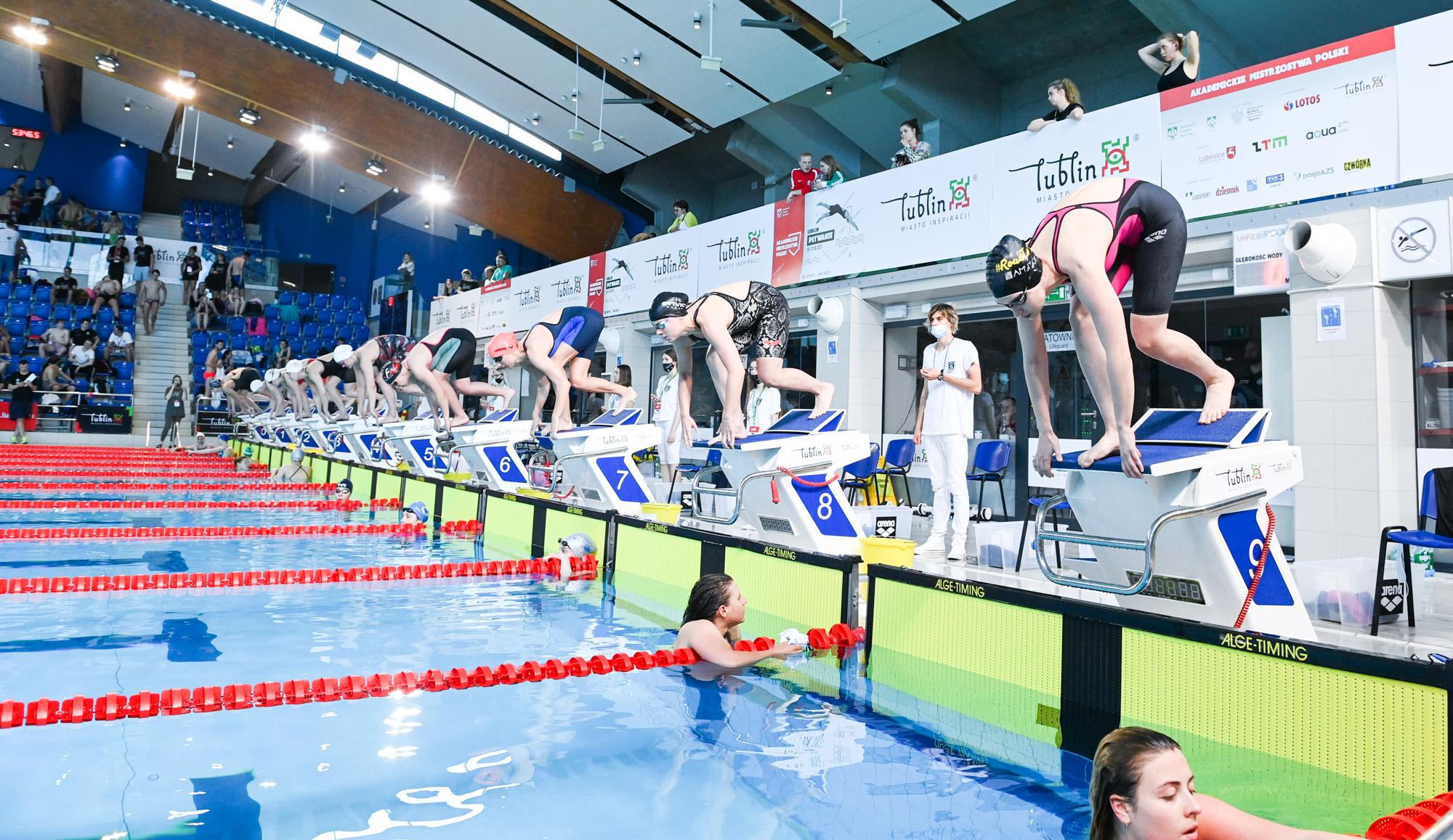 Wyniki 1. dnia Akademickich Mistrzostw Polski w pływaniu